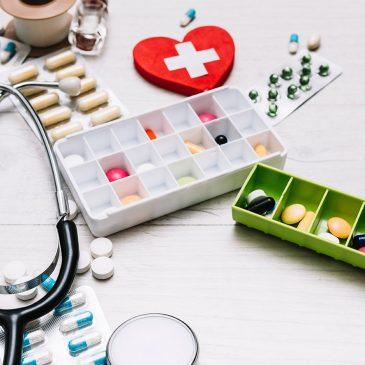 Los mayores de 65 años consumen un tercio de los fármacos prescritos en el Estado